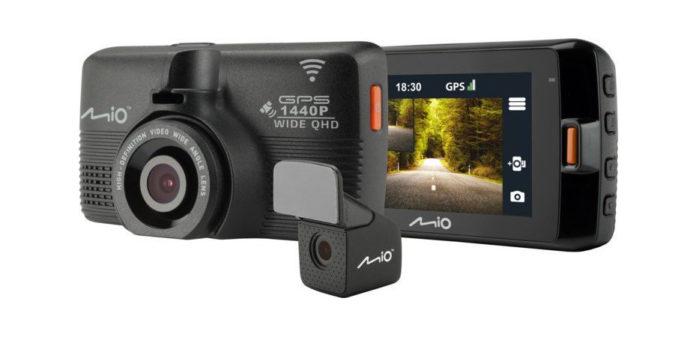 Wideorejestrator z kamerą cofania