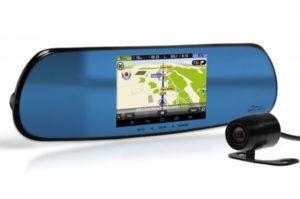 Wideorejestrator z kamerą cofania to najchętniej kupowany gadżet przez kierowców