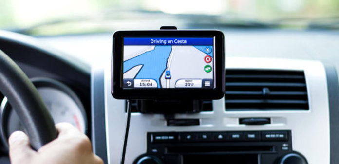Idealny pomysł na prezent to nawigacja samochodowa. Allegro oferuje tysiące modeli