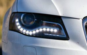 Światła do jazdy dziennej – okrągłe, czy inne? Zalety i wady